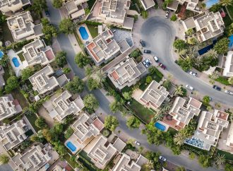 Mieszkanie ze skupu nieruchomości z problemami a lokatorzy –  czy warto?